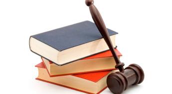 Ejercicio conjunto de las profesiones de abogado y procuradoren sociedades profesionales preservando competencias, responsabilidades y obligaciones