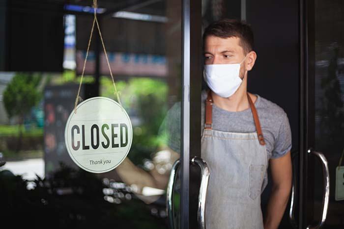 Imagen de restaurante cerrado por covid